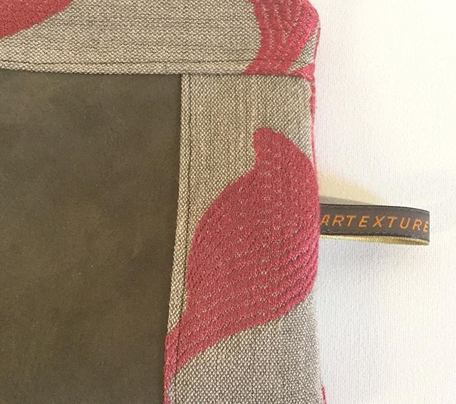 #artexturecreations #handmade #creation #textile #pochette #trousse #cuir #vert #kaki #rose #fuschia #etsyseller #etsy