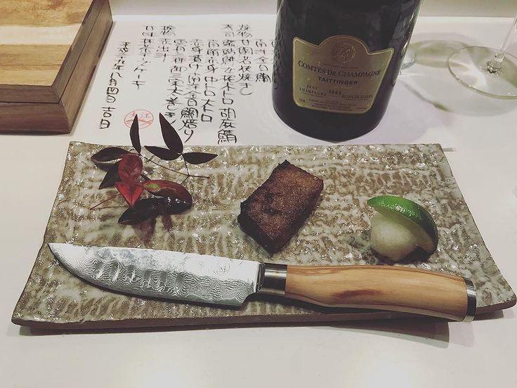 Wild Blue Fin Tuna #ribs dont need a #steakknife but why not use The Jumbo?! #taittinger #taittingercomtesdechampagne #vintage1996 #1996 #damascus #damascussteelknife #damascussteel #olivewood #japanesestyle #omakase #toro #kama #ultimatesteakknife #kickstarter #champagne #steak #finedining #sittingatthesushicounterwithasteakknife…