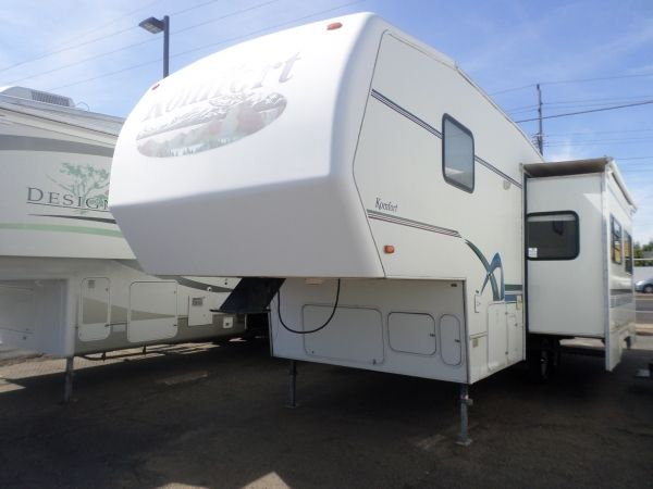 2001 KOMFORT 5th WHEEL For Sale by Owner