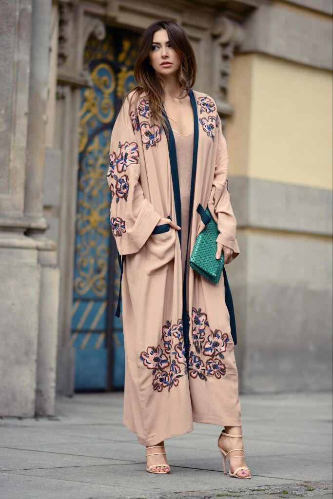 Would be cute with a beige or dark blue shayla #Hijab Embroidered kimono coat. Boudoir look by yoschimoto. www.yoschimoto.com