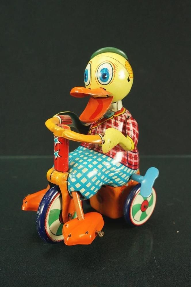 1950s rare k japan duck riding tricycle all tin wind up toy 6 long