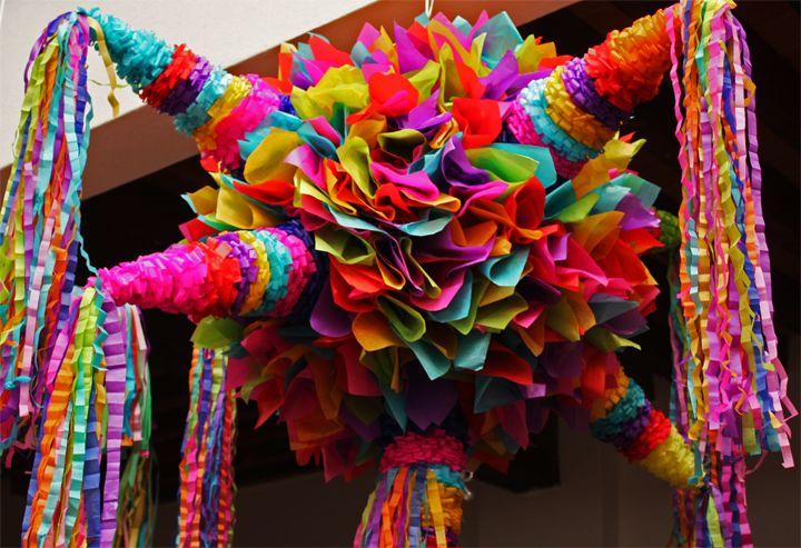 piñatas - la de 7 picos tiene un significado                                                                                                                                                     Más