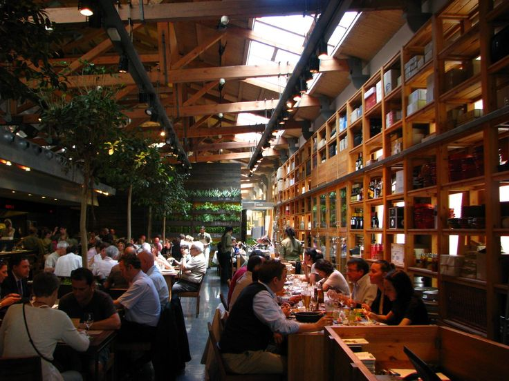 Cuines Santa Caterina - Sant Pere's revamped market has a terrific tapas bar and restaurant