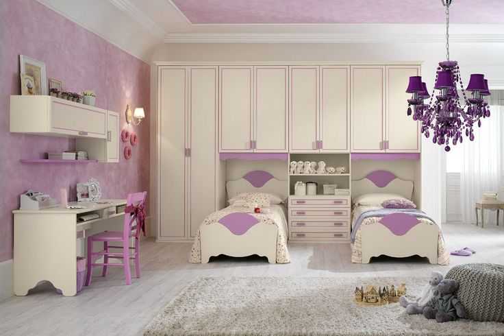 A romantic and refined for little princesses who love to play with your imagination. http://www.spar.it/sp/it/arredamento/camerette-rom-111.3sp?cts=camerette_romantica