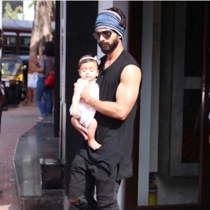 The New Pics Of Shahid Kapoor And Mira Rajput's Princess Misha Kapoor Are Just Too Priceless