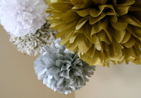NYE Bash... 5 tissue paper poms // new years eve party // diy  // golden anniversary // silver anniversary on Etsy, $27.00