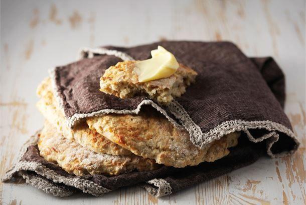 Finnish oat flatbread - kaurarieska