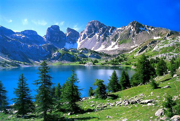 Le lac d'Allos-Honeymoon excursion
