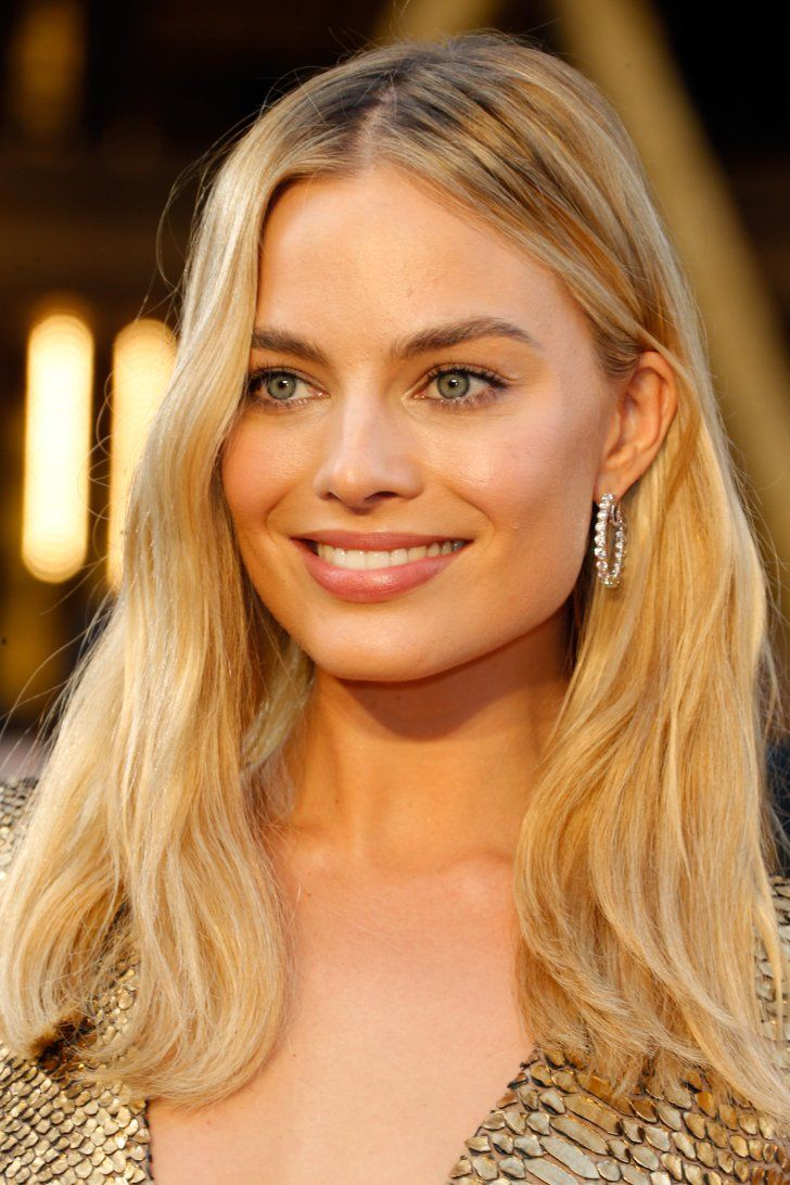 "Pin for Later: ""Diamonds are a girl's best friend,"" ganz besonders bei den Oscars Margot Robbie mit Ohrringen von Forevermark"