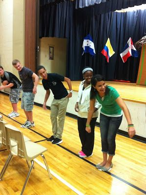 Paper Plate Game - team building activity for youth