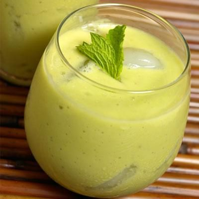 2 cups coconut water  2 stalks celery  1/2 banana  Ginger (a small piece)  1/2 Avocado  Basil (a handful)  3 figs
