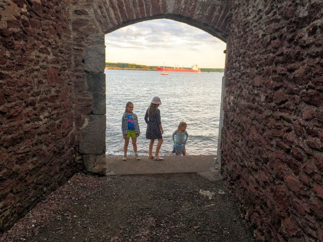 After School Adventures at Conduit Bay, Pembrokeshire | Evans-Crittens | Family Lifestyle Travel & Recipe Blog, Pembrokeshire, Wales, UK.