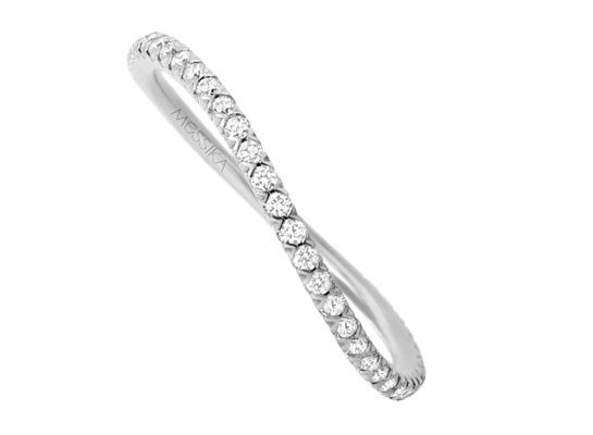 Messika bague Gatsby http://www.vogue.fr/joaillerie/shopping/diaporama/bagues-fiancailles-diamant-dior-joaillerie-cartier-chanel-chaumet-tiffany/12650/image/743732#!messika-bague-gatsby