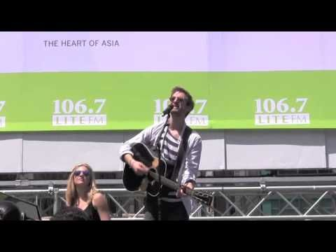 Arthur Darvill and Joanna Christie preform Gold ||Broadway in Bryant Park Once Gold||
