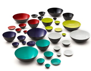 Krenit bowls by Norman Copenhagen. Boy do I want these on my wedding registry.