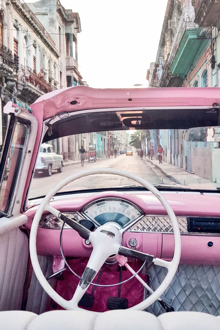 Car goals, Havana - Read the ultimate travel guide here: http://www.ohhcouture.com/2016/08/havana-travelguide/ #ohhcouture #leoniehanne