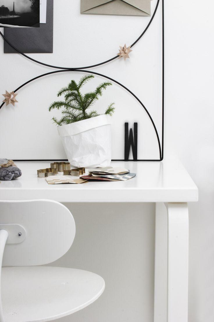 Scandinavian Christmas   wallment Bow Grid memo board   Finnish Design