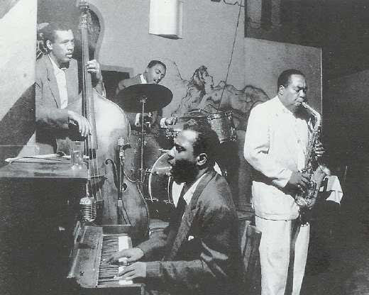 Charles Mingus (bass), Roy Haynes (drums), Thelonious Monk (piano), Charlie Park