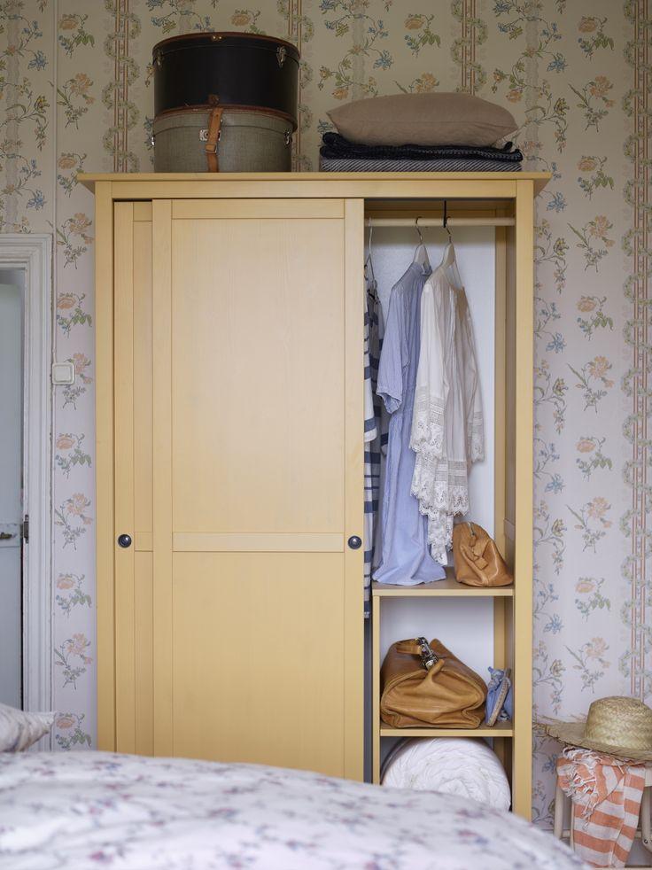 Kleiderschrank ikea hemnes  Viac ako 25 najlepších nápadov na Pintereste na tému Hemnes ...