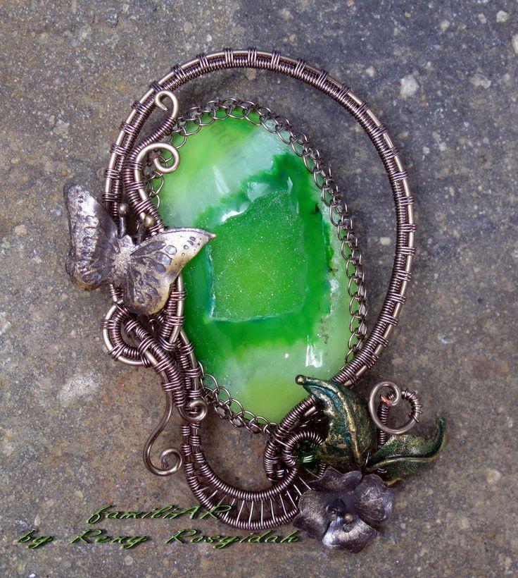 brooch.. green druzy with gunmetal wire