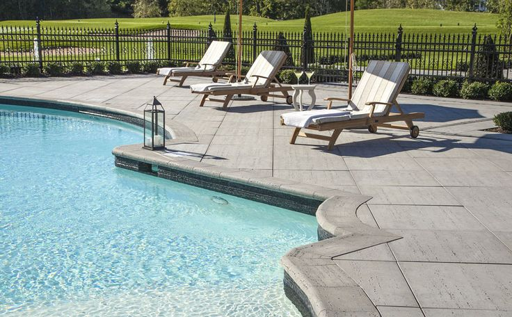 You've invested in an in-ground swimming pool and want to make it blend in with your patio or just surround it with beautiful stone. With our selection of textured concrete, stamped pavers and natural stone, we have something for everyone's style.