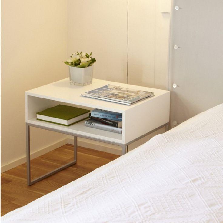Dina Nachttisch von Jan Kurtz im ikarus..design shop