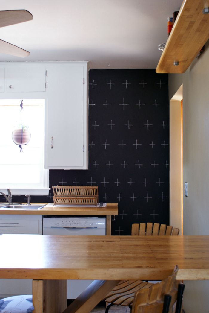 Budget kitchen update. Black and white. DIY Chalkboard