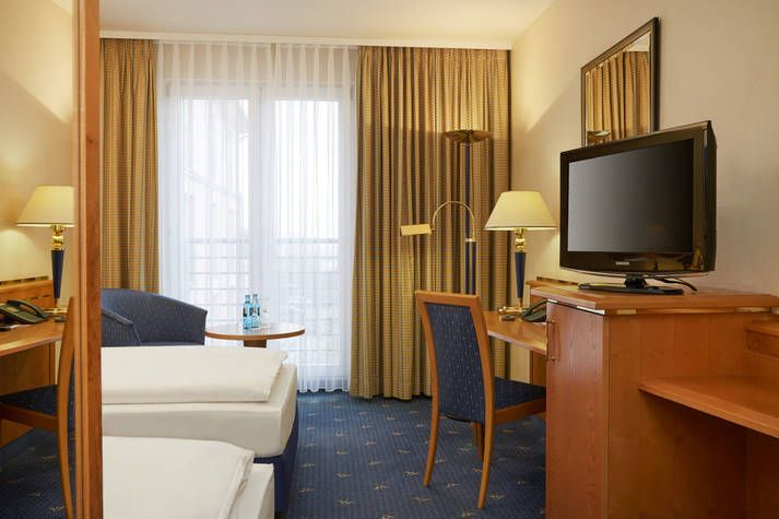 Komfort Zimmer im RAMADA Hotel Magdeburg