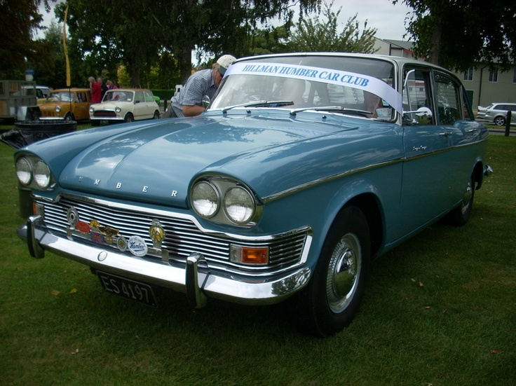 1966 Humber Super Snipe Series V. My mum had her Uncle George's as her wedding car.