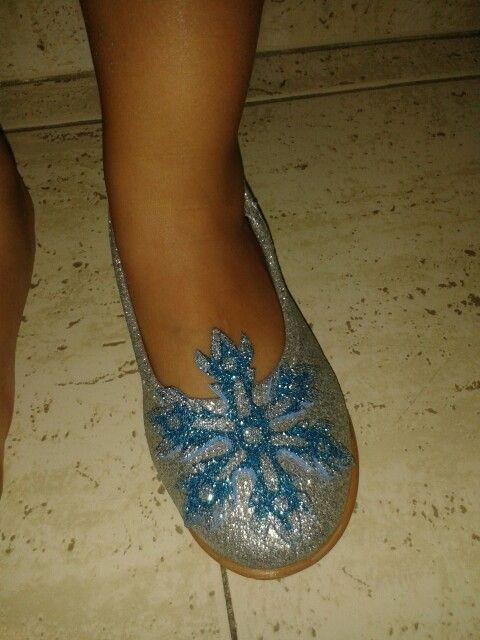 Zapatos Elsa de Frozen con unos zapatos de Purpurina con los copos de nieve de gomaeva de purpurina