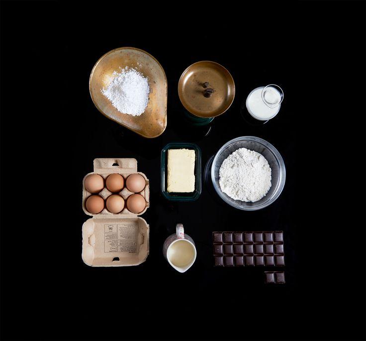Ingredients to bake a tart.
