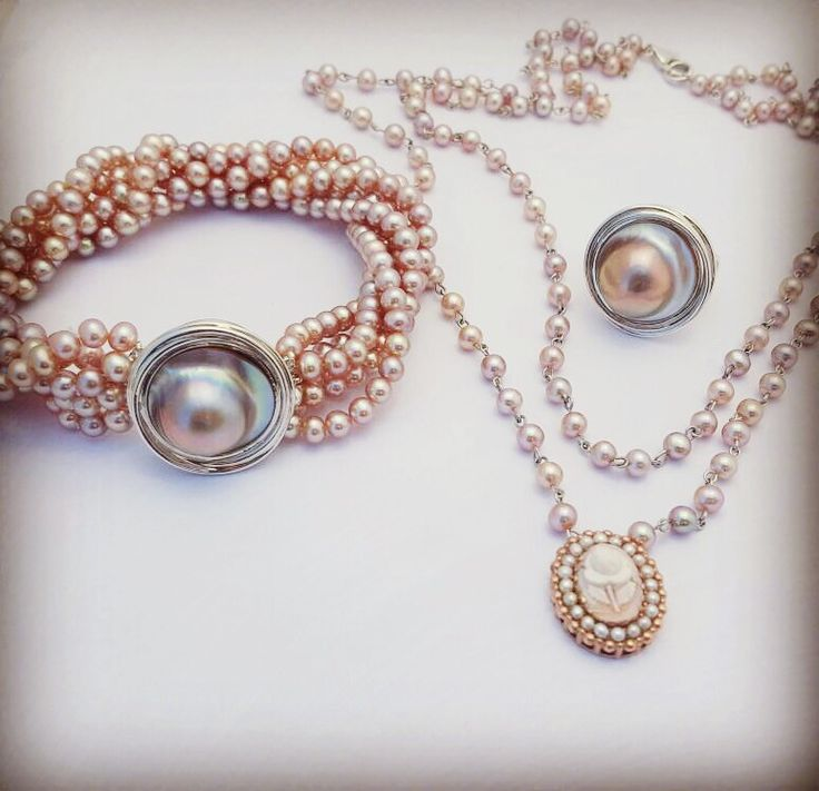 Pearls, mabe's and Cameo set