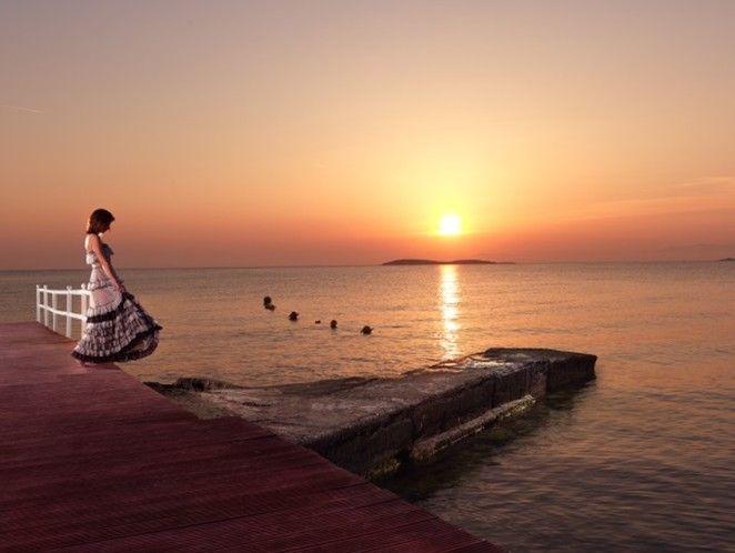Enjoy the beauty of the Athenian sunset at Divani Apollon Palace & Thalasso!  #sunset #DivineViews  http://divaniapollonhotel.com/