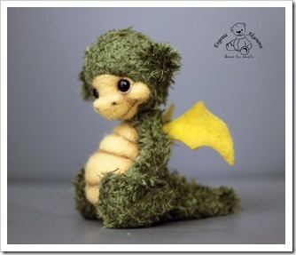 I love this little guy. Think I will have to try to figure out how to make my own little dragon
