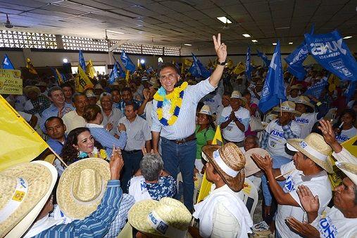 Yunes Linares aventaja con 34 por ciento: OPLE