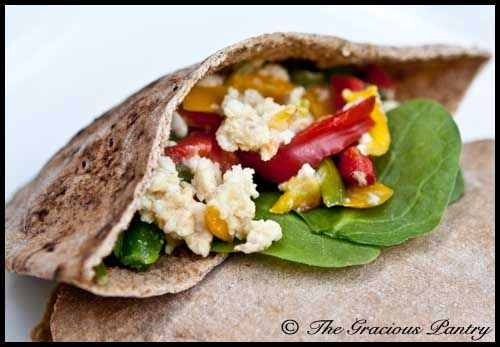 Clean Eating Breakfast Pita (Click Pic for Recipe) I completely swear by CLEAN eating!!  To INSANITY and back....  One Girls Journey to Fitness, Health, & Self Discovery.... http://mmorris.webs.com/