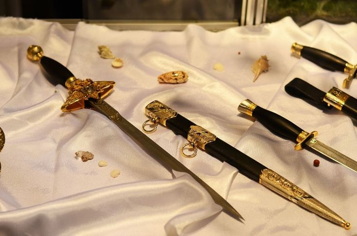#Travel #tour #Exhibition #Fair #knives (3)