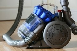 It happens from time to time, you will be using your Dyson vacuum cleaner and the hose clogs up. You try to clean it out and something goes wrong...: Technologist Tools, Good Housekeeping, Tech Tools, Apartment Therapy, Housekeeping 2012, Tech Gifts, Gifts Guide, Therapy Tech, 2012 Apartment