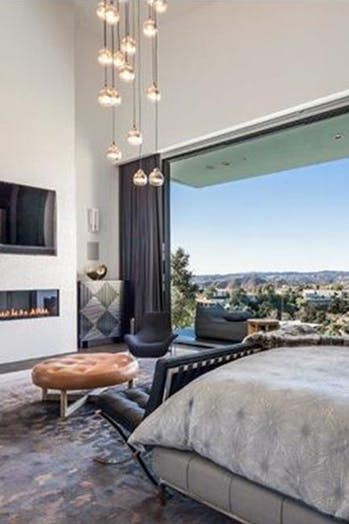 10 Amazing Celebrity Homes we'd Happily House-Sit  - John Legend's Home
