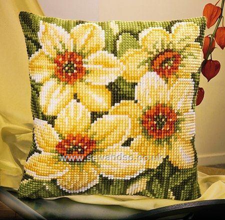 Narcissi Cushion Front