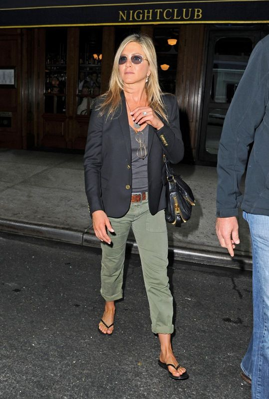 Jennifer Aniston Street Style My Style Pinterest Jennifer Aniston Blazers And Pants