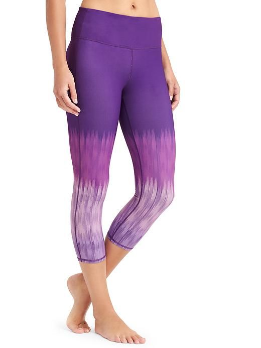 High Rise Lightning Chaturanga™ Capri - Our go-to tight for all things yoga and everything else comes in a high-rise fit for a triple dose of performance: keeps everything tucked in, offers a secure, stay-put fit, and creates the longest, leggiest look.