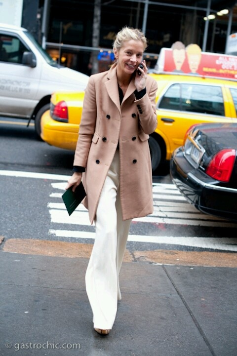 this is the second camel coat i've pinned - guess i have to buy one.