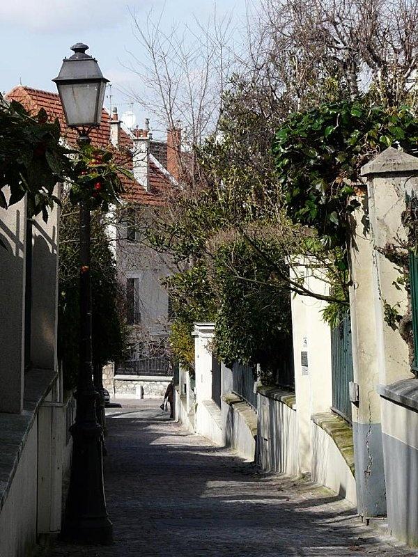 La rue de la Mouzaia, encore un lieu caché méconnu des touristes #Paris