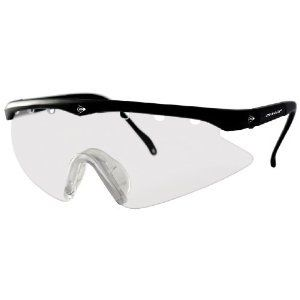 Dunlop Squash Junior Eyewear  Ergonomic profile for extra stability  Contoured lens shape for peripheral vision  Rubberised super-grip arms  Stabilising branded arm strap  Storage pouch