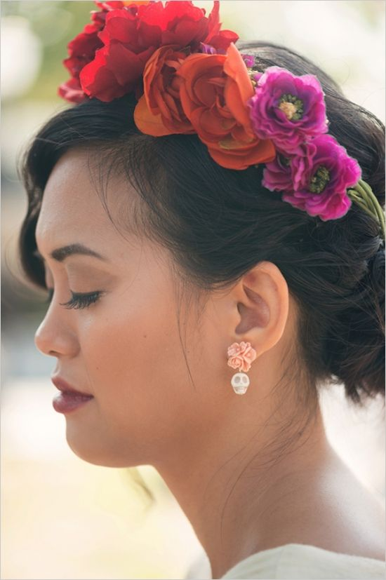 Mexican themed wedding floral crown. #diadelosmuertos #flowercrown #mexico #mexicanwedding  http://www.weddingchicks.com/2013/10/31/dia-de-los-muertos/
