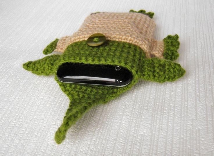 Star Wars - Yoda - iPhone 5, 6, 7 case crochet pattern - Allcrochetpatterns.net
