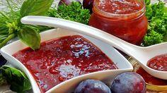 АДЖИКА ИЗ СЛИВЫ. Потребуется:2 кг сливы 200 г чеснока (5-6 головок среднего размера) 2-3 стручка горького перца (по вкусу) 1 кг сладкого перца (желательно красного цвета) по большому пучку зелени укропа, петрушки,…