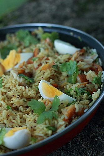 Kedgeree par Jamie Oliver. a staple of mine for a gluten free, protein packed meal for one.