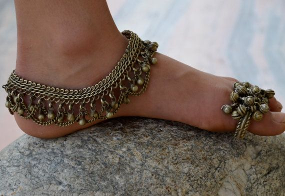 Indian toe ring gypsy brass copper bells cluster ring ethnic